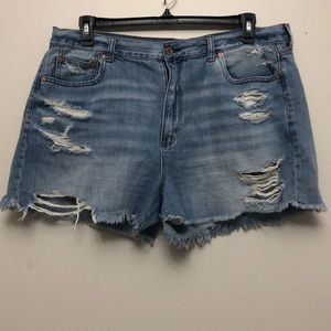 American Eagle distressed denim mom shorts